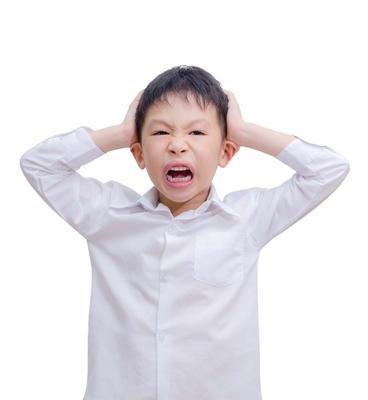 12岁孩头屑多是怎么回事 孩子头屑多怎么办